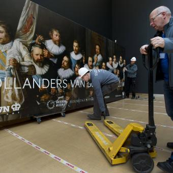 Crown Fine Art's expert handlers to maneuver the enormous art works safely